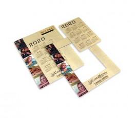 Marco de fotos magnetico que tiene en el interior un calendario extraible