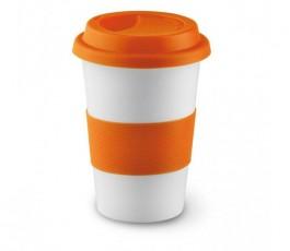 taza de ceramica blanca con franja y tapa de silicona de color naranja