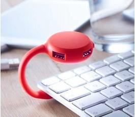 lampara para teclado de ordenador con hub con 4 puertos USB encendida