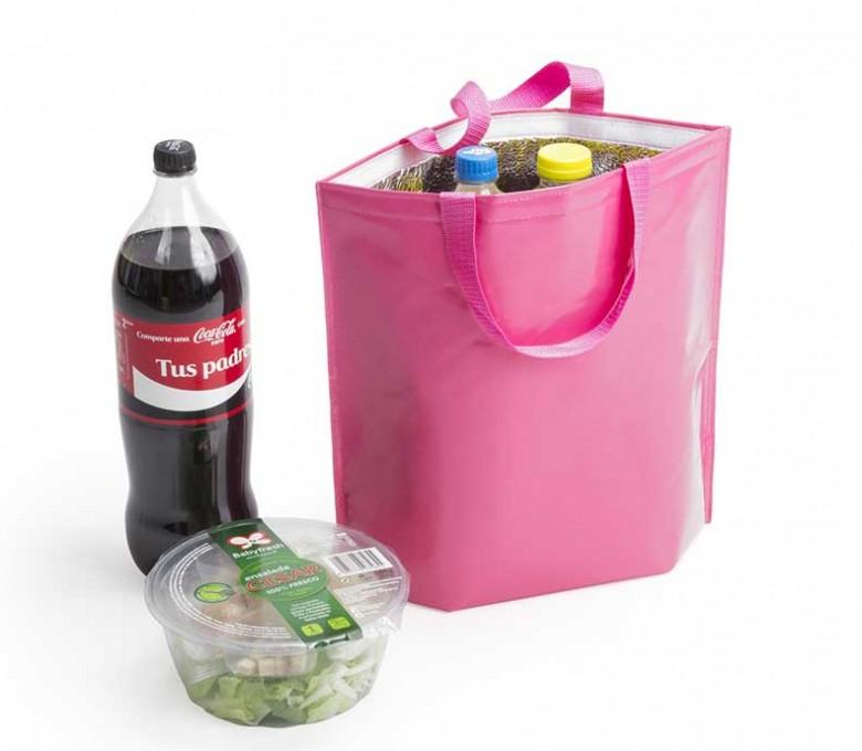 bolsa nevera de non-woven laminado de color fucsia con botellas y comida