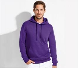 hombre con sudadera publicitaria unisex con capucha para personalizar color morado