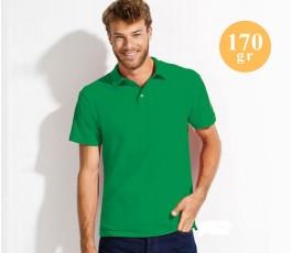 hombre con polo publicitario de algodon de 170 gramos color verde
