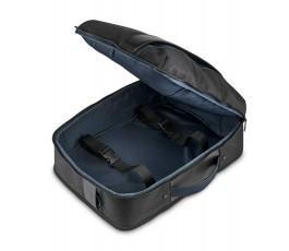 bolsa de la asas de la mochila de la mochila y bolsa de viaje juntas abierta