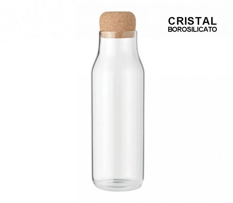 botella de vidrio de borosilicato con tapon de corcho en fondo blanco