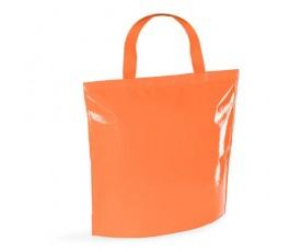 bolsa nevera de non-woven laminado de color naranja en fondo blanco