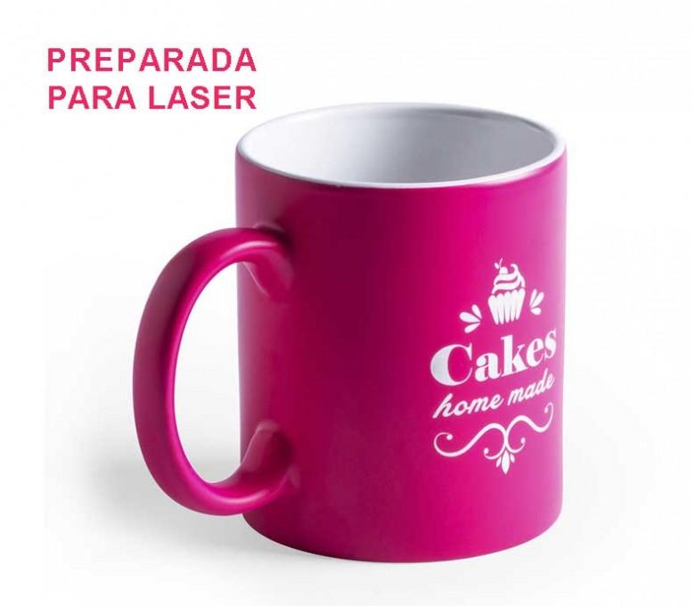 Taza de color fucsia e interior de color blanco para personalizar con laser con logo