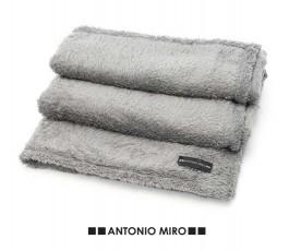 Manta polar Antonio Miro -...